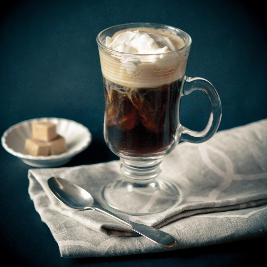 """КОФЕ С АЛКОГОЛЕМ, Coffee, кофе, coffeetrees, Арабика, Сорта кофе, ароматный напиток, бодрящий напиток, виды кофе, капучино, Эспрессо, кофейный аромат, латте, рецепт капучино, рецепт кофе, чашечка кофе, кофе рояль, айришкофе, айришкрим, кофе с коньяком, кофе с ромом, кофе амаретто, кофе бейлиз.5"""" align=""""aligncenter"""" width=""""640""""]<a href=""""http://coffeetrees.ru/wp-content/uploads/2015/11/Cafe_Brulot.jpg""""><img src=""""http://coffeetrees.ru/wp-content/uploads/2015/11/Cafe_Brulot.jpg"""" alt=""""КОФЕ С АЛКОГОЛЕМ, Coffee, кофе, coffeetrees, Арабика, Сорта кофе, ароматный напиток, бодрящий напиток, виды кофе, капучино, Эспрессо, кофейный аромат, латте, рецепт капучино, рецепт кофе, чашечка кофе, кофе рояль, айришкофе, айришкрим, кофе с коньяком, кофе с ромом, кофе амаретто, кофе бейлиз."""" width=""""640"""" height=""""960"""" class=""""size-full wp-image-1325"""" /></a> Cafe_Brulot[/caption]"""